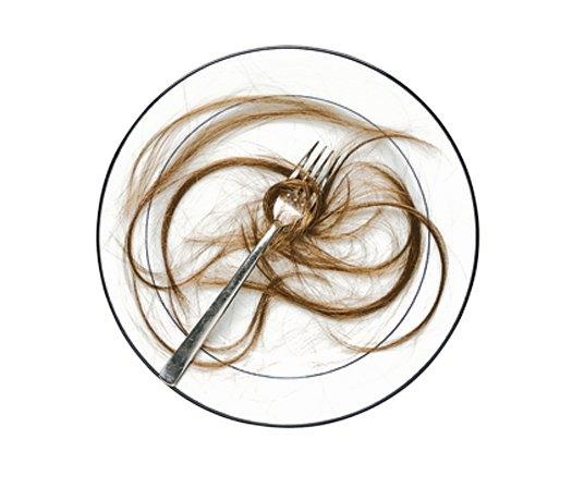 Jak groźny jest włos w jedzeniu?