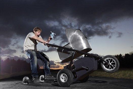 Wózek dla dziecka, który rozpędzi się na autostradzie?