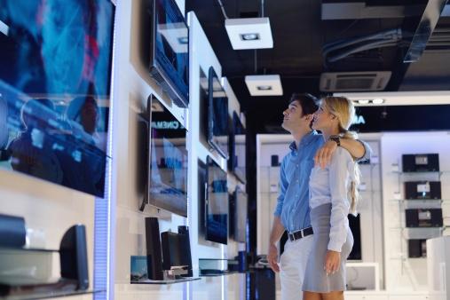 JAKI TELEWIZOR WYBRAĆ LCD, LED CZY PLAZMĘ?
