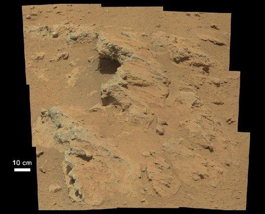Na Marsie odkryto pozostałości po płynącej wodzie