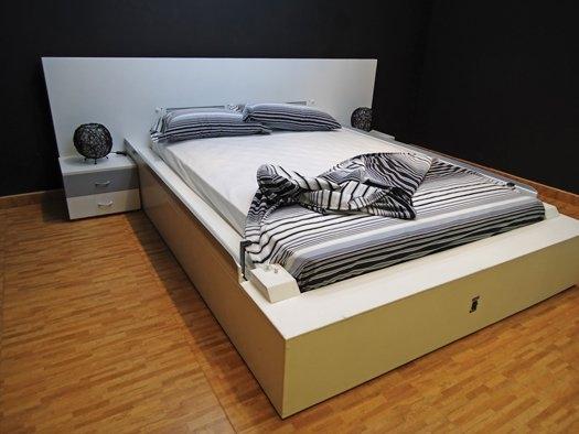 Maxwideo: Samościelące się łóżko