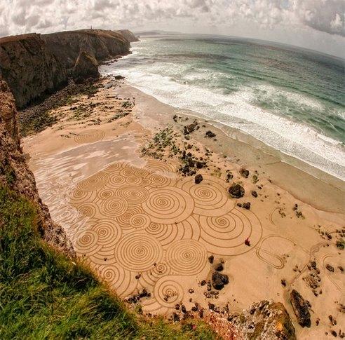 Niezwykłe, piaskowe obrazy