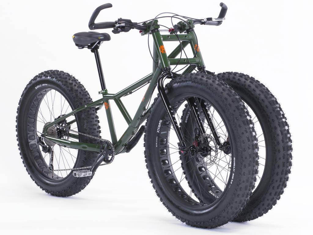 Rower terenowy, szerokooponowy tricykl pokona każdą trasę