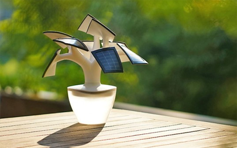bonsai-tree-inspired-solar-phone-charger