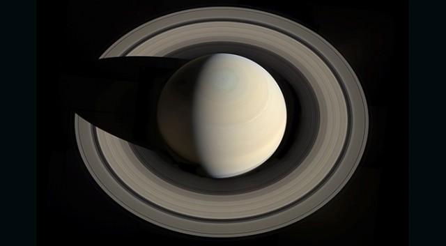 Tajemnice Saturna - 10 lat badań