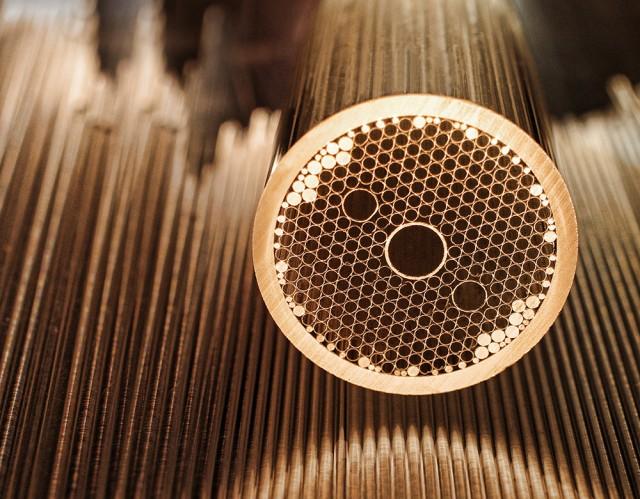 darpa-hollow-core-fiber-640x499