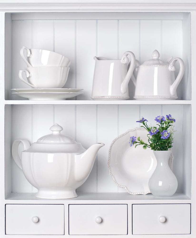 Najdroższe serwisy porcelanowe — skąd wzięła się ich wartość?