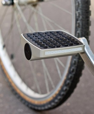 smart-internet-connected-bike-pedal-468x468