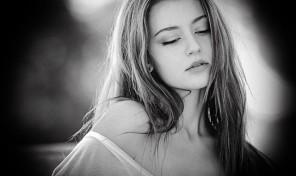 portrait-1324072_640