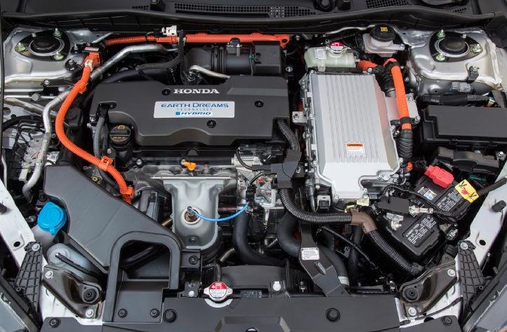 Na co narażasz silnik auta, tankując zanieczyszczone paliwo?