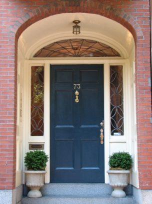 5 pytań, na które musisz odpowiedzieć sobie przy zakupie drzwi wejściowych