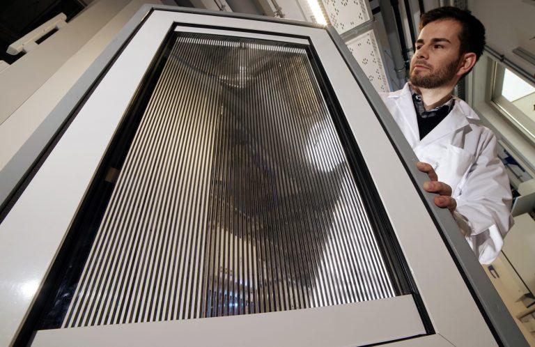 """""""Inteligentne"""" okna sposobem na klimatyzację i ogrzewanie biur?"""